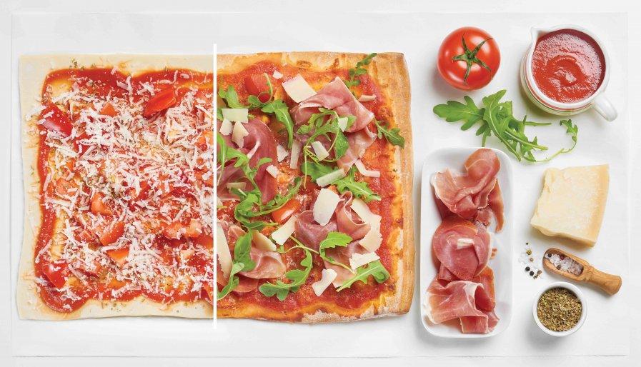 Pizza met Prosciutto en Parmezaan; stappenfoto