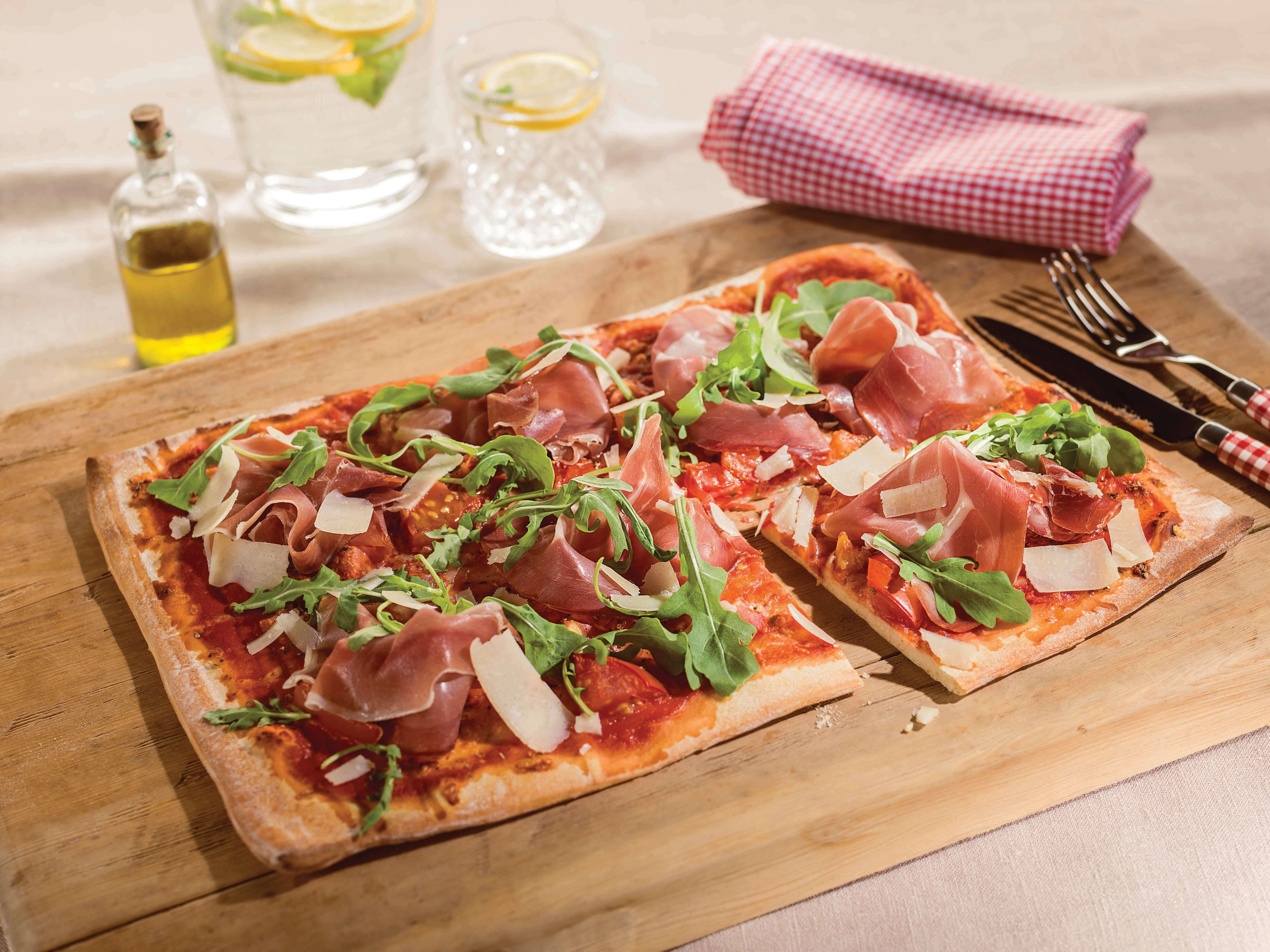 Pizza met Prosciutto en Rucola