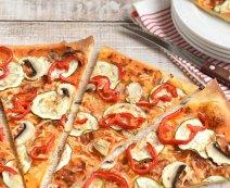 Pizza met 4 soorten groenten