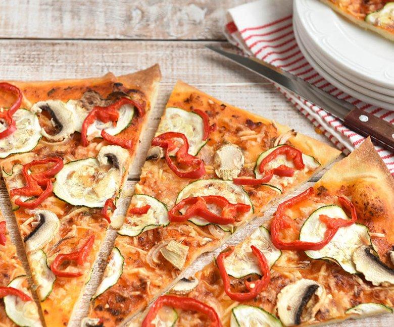 Pizza met 4 soorten groenten Tante Fanny