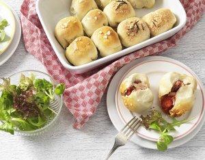Recept: Pizzaballetjes met prosciutto en tonijn