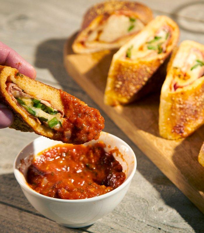 Gek op PIzza - Tante Fanny vers pizzadeeg op rol- Pizza Stromboli