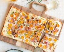 Recept: Flammkuchen met zoete aardappel en hazelnoten