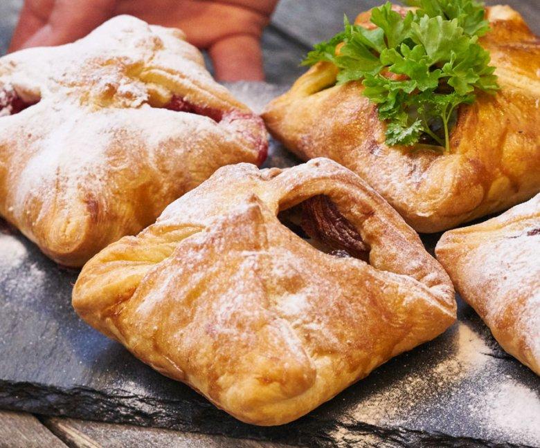 Recept: 4 variaties feestelijk bladerdeeghapjes met geitenkaas - Met bakvideo - Tante Fanny