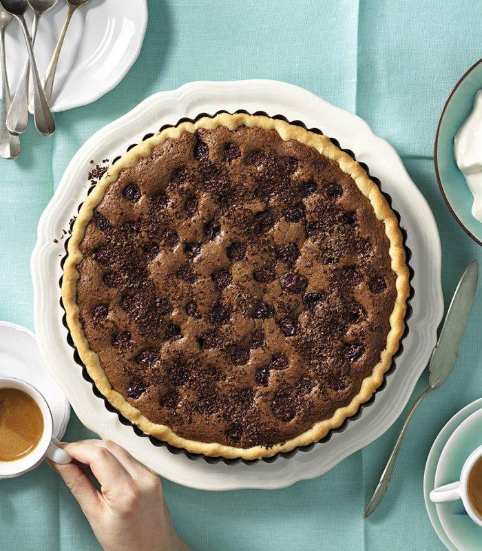 Recept: Amanadel- espressotaart met kersen - Tante Fanny
