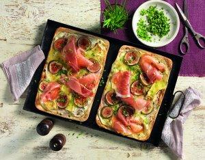 Recept: flammkuchen met camembert, vijgen en prosciutto