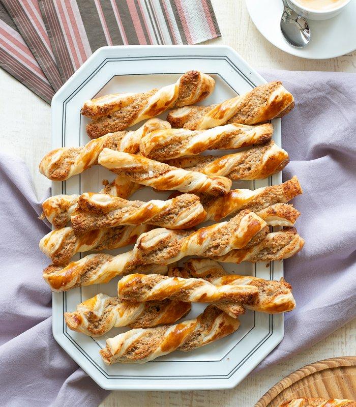 Recept: Notenstengels van bladerdeeg - Tante Fanny