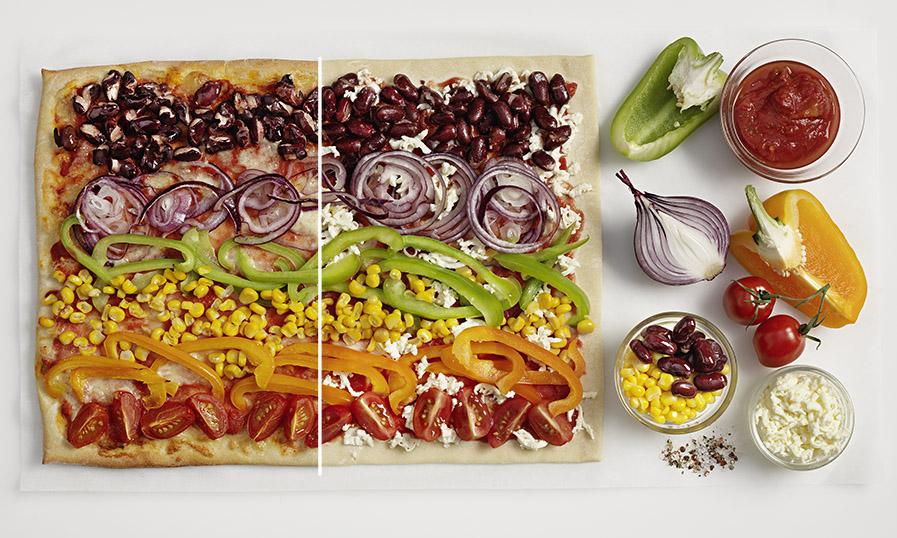 Regenboogpizza met allerlei groenten - Tante Fanny.nl