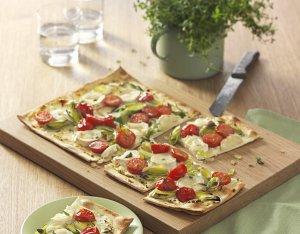 Recept: flammkuchen met tomaten en geitenkaas