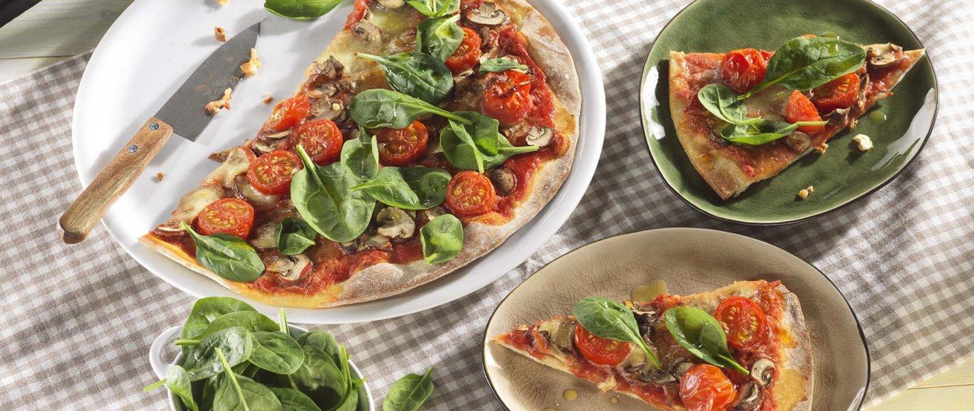 Rustieke pizza met champignons en mozzarella - Tante Fanny